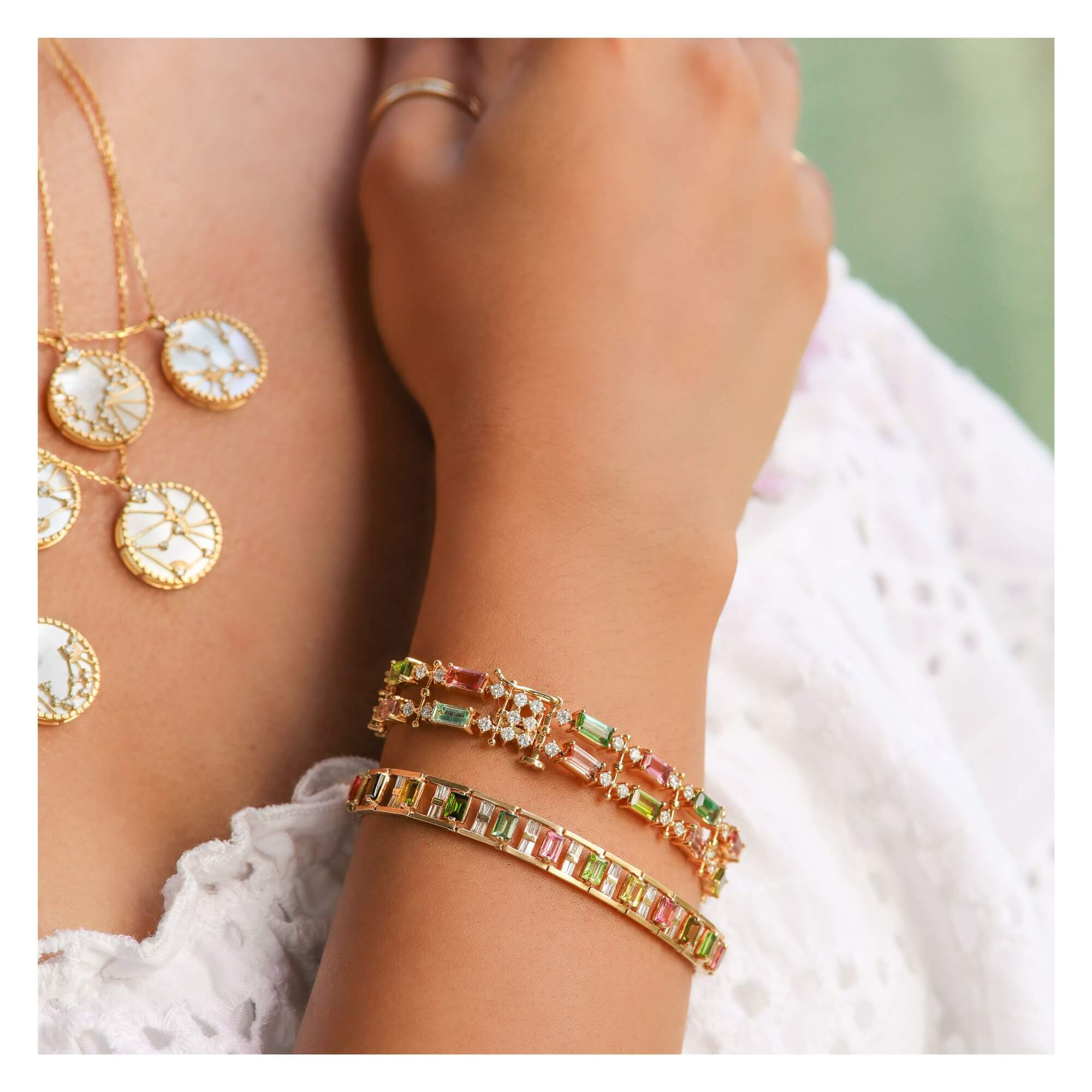 Tips on how to create the perfect jewelry stack